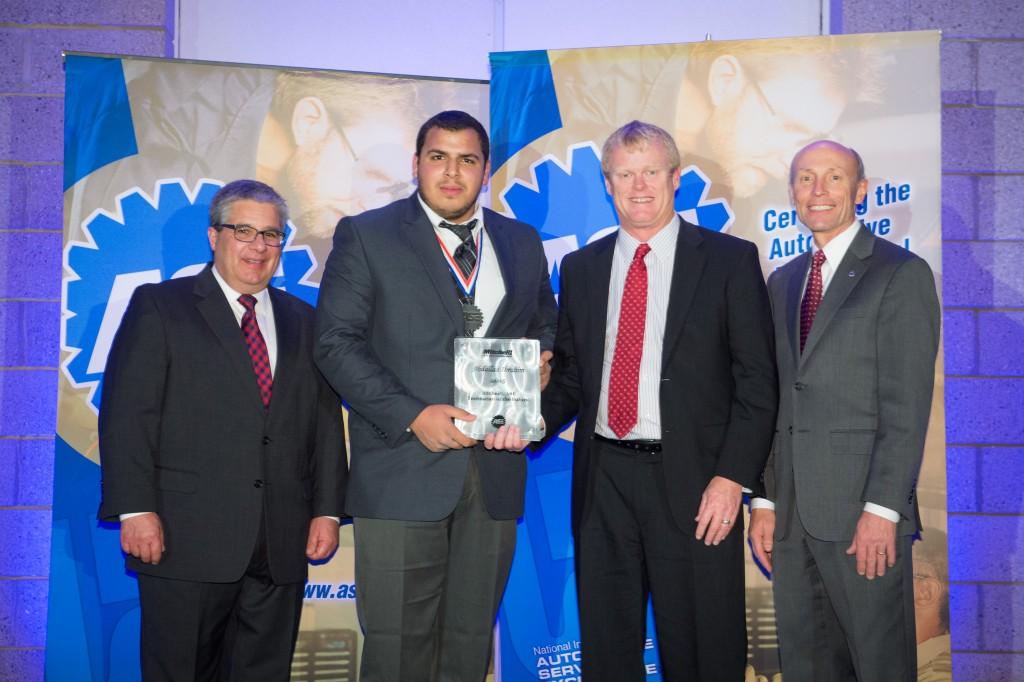 Mitchell1_Tech-of-Future_AwardPresentation_2015